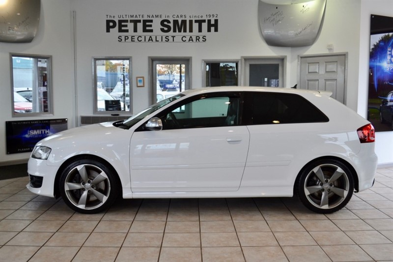 used Audi S3 2.O TFSI QUATTRO BLACK EDITION S-TRONIC NAVIGATION BLACK LEATHER FULL SERVICE HISTORY 2012/61 in forest-of-dean-gloucestershire