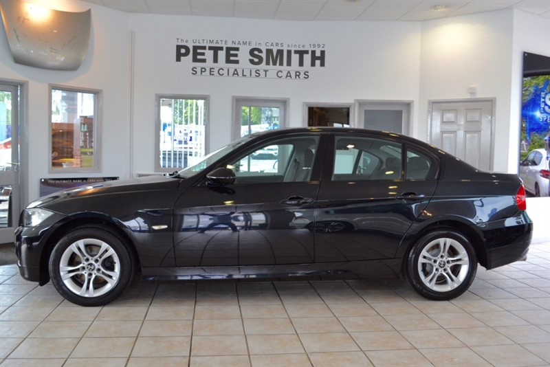 used BMW 320i 2.0 SE 5 DOOR SALOON WITH NAVIGATION 2008/08 in forest-of-dean-gloucestershire