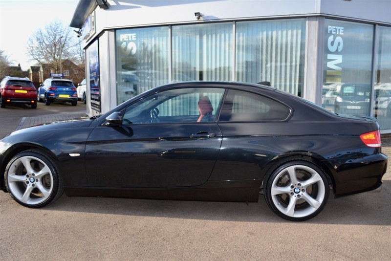 used BMW 330i SE COUPE AUTO  WITH RED LEATHER ONLY 69000 MILES  FULL SERVICE HISTORY 2008/58 in forest-of-dean-gloucestershire