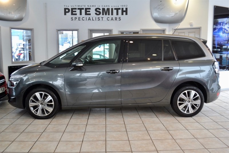used Citroen C4 Picasso 1.6 GRAND PICASSO BLUE HDI EXCLUSIVE PLUS 2016/16 7 SEATER ONE OWNER 21000 MILES in forest-of-dean-gloucestershire