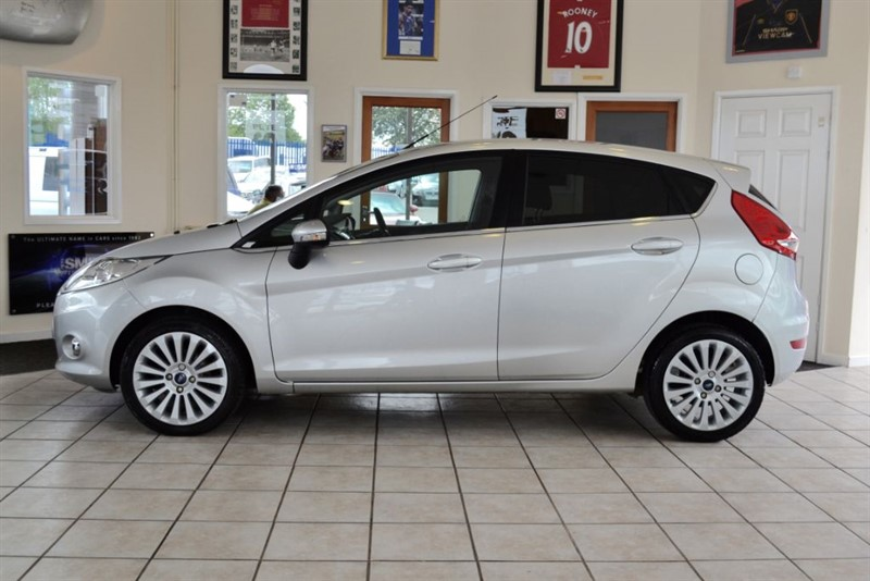 used Ford Fiesta 1.6 TITANIUM TDCI COMPLETE WITH FULL SERVICE HISTORY in forest-of-dean-gloucestershire