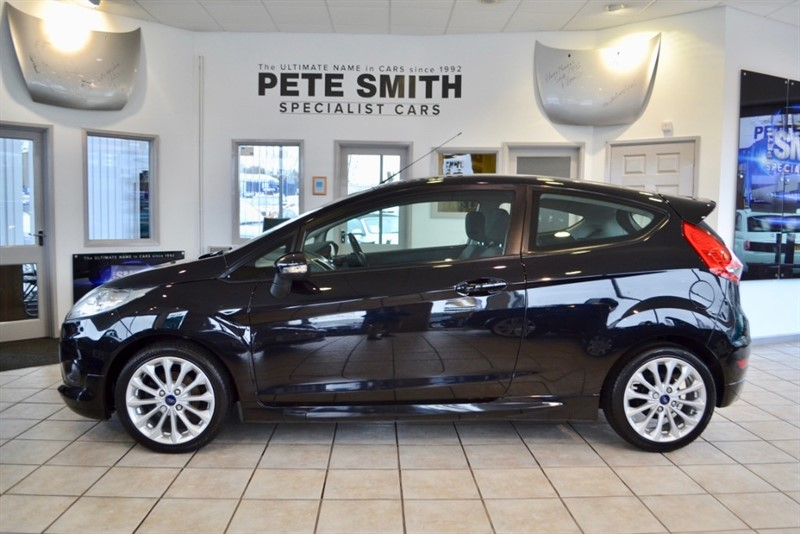 used Ford Fiesta 1.6 ZETEC S TDCI 3 DOOR HATCHBACK WITH JUST £20 ROAD TAX in forest-of-dean-gloucestershire