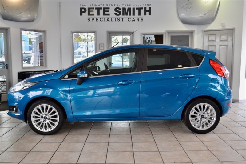 used Ford Fiesta 1.0 TITANIUM ECOBOOST 5 DOOR ZERO ROAD TAX ONLY 34000 MILES 2014/14 in forest-of-dean-gloucestershire