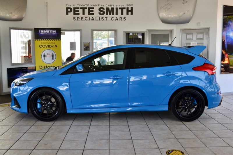 used Ford Focus RS 2.3 T ECO BOOST AWD 5 DOOR LUX PACK SYNC 2 GREAT SPEC ONE OWNER 2017/17 in forest-of-dean-gloucestershire