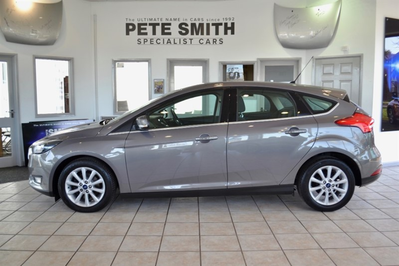 used Ford Focus 1.5 TITANIUM TDCI 5 DOOR SYNC 2 NAVIGATION ONLY 26000 MILES ZERO ROAD TAX 2015/15 in forest-of-dean-gloucestershire