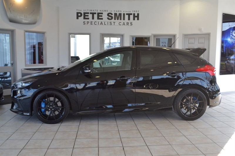 used Ford Focus RS 2.3 350 BHP 2016/66 WITH JUST 9000 MILES FROM NEW & SUNROOF in forest-of-dean-gloucestershire