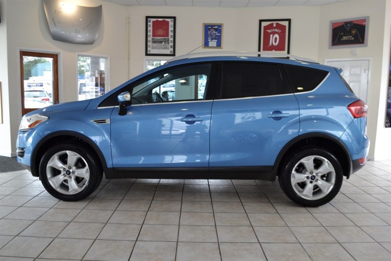 used Ford Kuga 2.0 TITANIUM TDCI 4WD WITH FULL FORD SERVICE HISTORY in forest-of-dean-gloucestershire