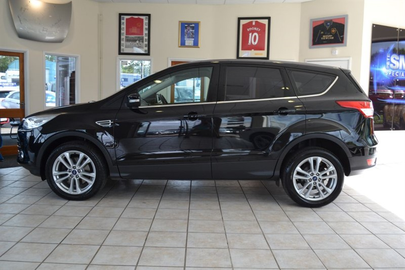 used Ford Kuga 2.0 TITANIUM X TDCI AUTO WITH FULL LEATHER AND PANORAMIC SUNROOF in forest-of-dean-gloucestershire