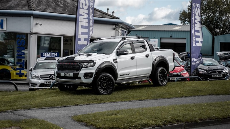 used Ford Ranger 3.2 TDCi WILDTRAK AUTO DOUBLE CAB RAPTOR STYLING NO VAT ONE OWNER JUST 4300 MILES 2020/69 in forest-of-dean-gloucestershire