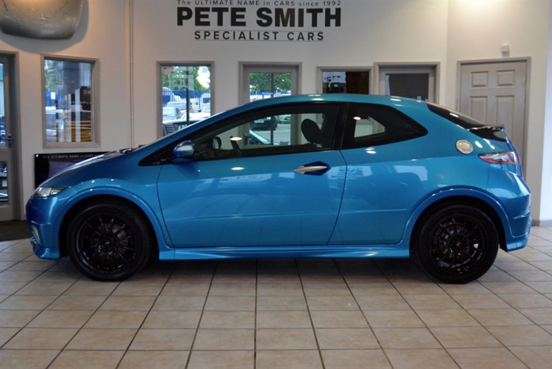 used Honda Civic 2.2 I-CDTI TYPE S GT 3 DOOR HATCHBACK WITH GLASS PAN ROOF 2010/60 in forest-of-dean-gloucestershire