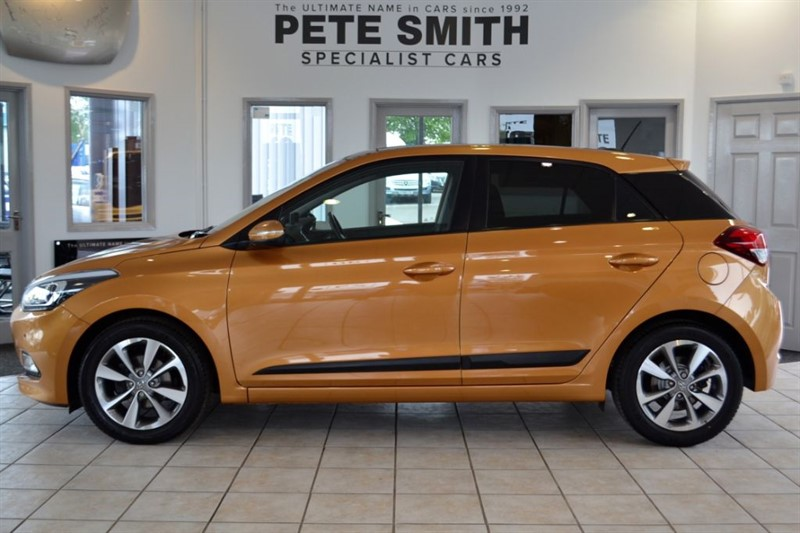 used Hyundai i20 1.4 GDI PREMIUM SE WITH PANORAMIC ROOF AND JUST 7000 MILES 2015/15 in forest-of-dean-gloucestershire