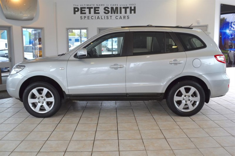 used Hyundai Santa Fe 2.7 CDX V6 2006/06 7 SEATER in forest-of-dean-gloucestershire