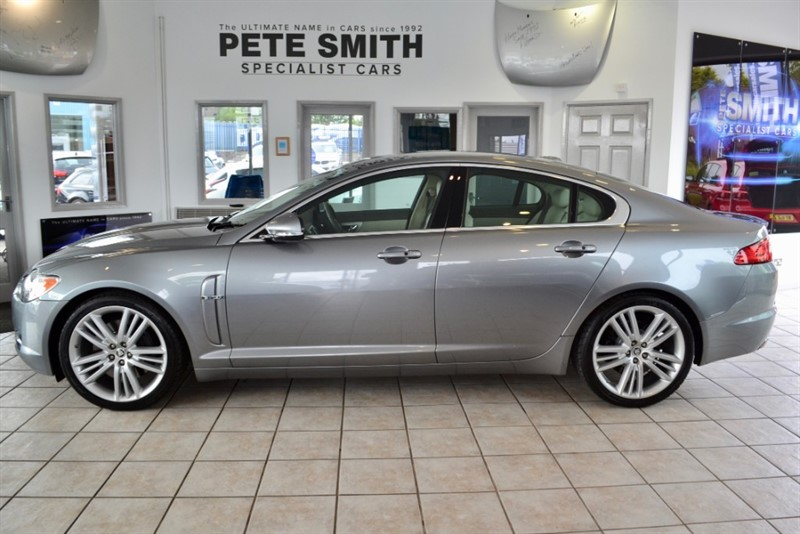 used Jaguar XF 3.0 V6 S PORTFOLIO FULL SERVICE HISTORY 2010/10 in forest-of-dean-gloucestershire
