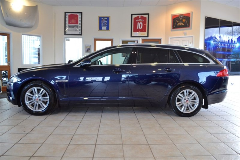 used Jaguar XF 2.2D LUXURY SPORTBRAKE WITH JUST THE ONE OWNER FROM NEW in forest-of-dean-gloucestershire