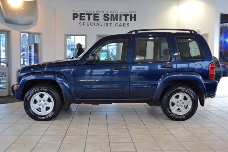 used Jeep Cherokee 2.5 LIMITED CRD 4X4 2002/52 WITH BLACK LEATHER in forest-of-dean-gloucestershire