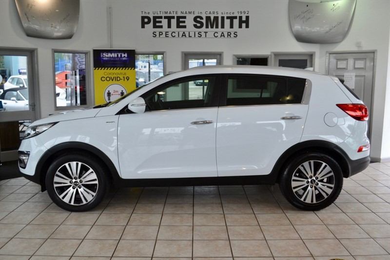 used Kia Sportage 2.0 CRDI KX-3 SAT NAV 5 DOOR  AUTO AWD 38000 MILES FULL LEATHER NAVIGATION PANORAMIC ROOF  2015/15 in forest-of-dean-gloucestershire