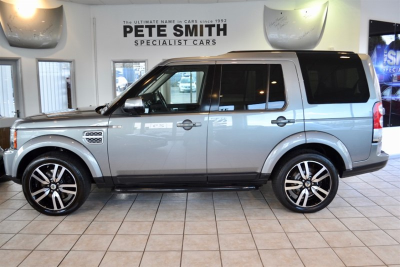 used Land Rover Discovery 5 3.0 SDV6 HSE ARIBICA WINDSOR PREMIUM LEATHER AND REAR ENTERTAINMENT PACK 2011/61 in forest-of-dean-gloucestershire