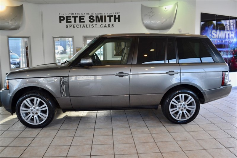 used Land Rover Range Rover 3.6 TDV8 VOGUE SE ONLY 56000 MILES 2010/10 in forest-of-dean-gloucestershire