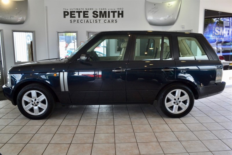 used Land Rover Range Rover 4.4 V8 VOGUE TAKEN IN PART EXCHANGE AND PRICED TO CLEAR 2003/52 in forest-of-dean-gloucestershire