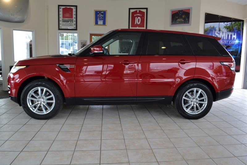 used Land Rover Range Rover Sport 3.0 TDV6 SE ONE OWNER 12900 MILES WITH PANORAMIC SUNROOF JUST SERVICED  in forest-of-dean-gloucestershire