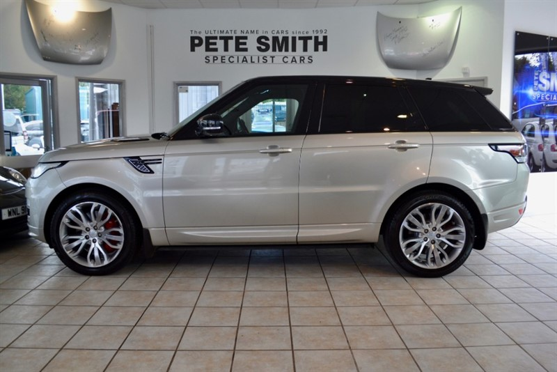 used Land Rover Range Rover Sport 3.0 SDV6 AUTOBIOGRAPHY DYNAMIC FULL LANDROVER HISTORY STEALTH PACK  PANORAMIC ROOF 2015/65 in forest-of-dean-gloucestershire