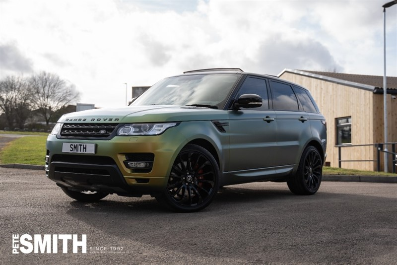 used Land Rover Range Rover Sport 3.0 SDV6 HSE UNIQUE FLIP COLOUR WRAP FROM NEW PANORAMIC ROOF AMAZING 2014/14 in forest-of-dean-gloucestershire