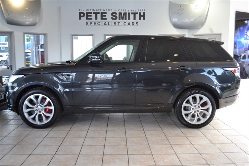 used Land Rover Range Rover Sport 3.0 SDV6 AUTOBIOGRAPHY DYNAMIC ONE OWNER 37000 MILES PANORAMIC ROOF AND REAR ENTERTAINMENT 2014/64 in forest-of-dean-gloucestershire