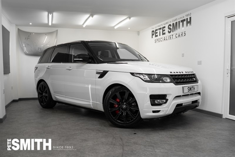 used Land Rover Range Rover Sport 3.0 SDV6 AUTOBIOGRAPHY DYNAMIC 5 DOOR STEALTH PACK AMAZING SPEC 2016/16 in forest-of-dean-gloucestershire