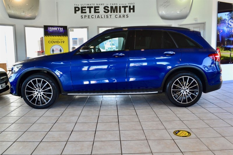 used Mercedes 250 GLC  D 4MATIC AMG LINE PREMIUM PLUS G-TRONIC 4MATIC ONE OWNER 14000 MILES PANORAMIC ROOF 2017/67 in forest-of-dean-gloucestershire