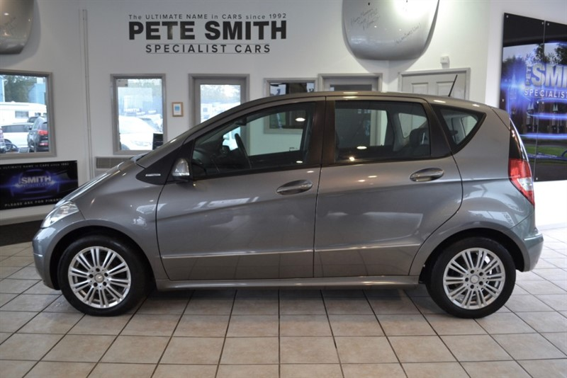 used Mercedes A160 1.5 ELEGANCE SE AUTO WITH A FULL SERVICE HISTORY 2010/10 in forest-of-dean-gloucestershire