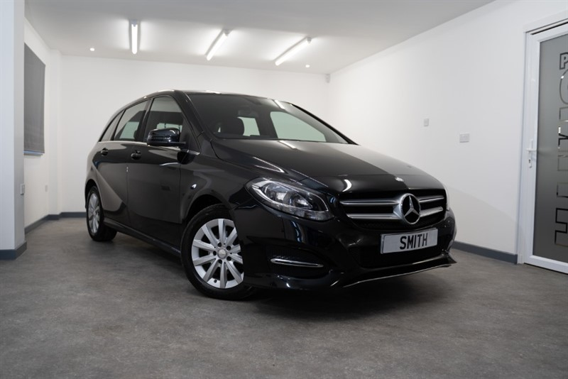 used Mercedes B180 1.5 CDI SE AUTOMATIC WITH NAVIGATION FULL MERCEDES SERVICE HISTORY  5 DOOR 2015/15 in forest-of-dean-gloucestershire