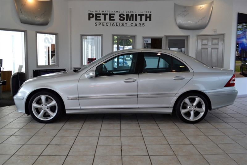 used Mercedes C220 CDI AVANTGARDE SE in forest-of-dean-gloucestershire