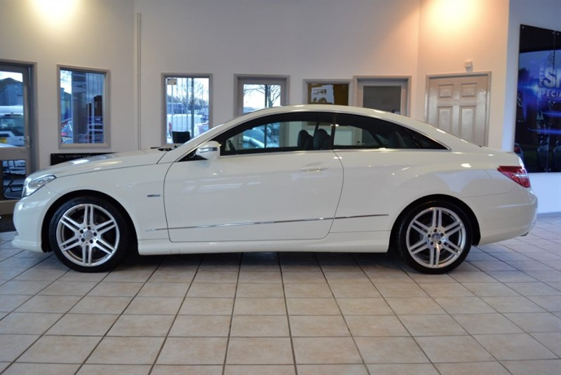 used Mercedes E350 3.0 CDI BLUEEFFICIENCY SPORT WITH PANORAMIC SUNROOF in forest-of-dean-gloucestershire