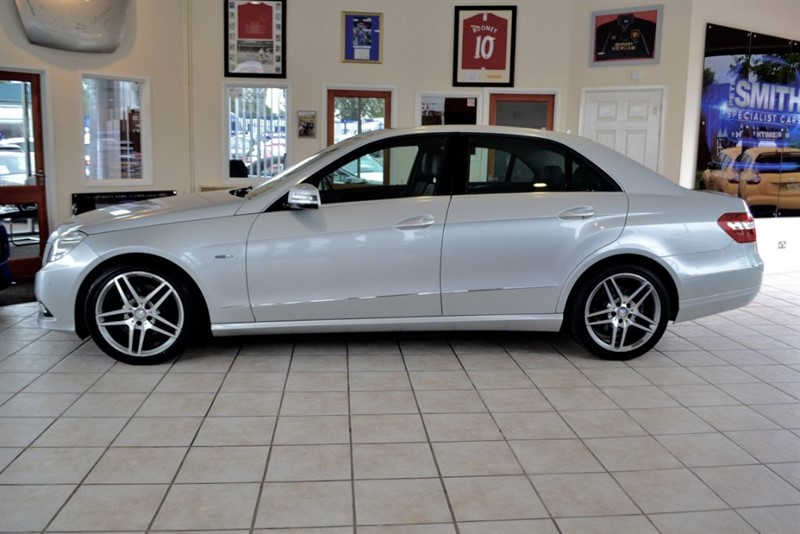 used Mercedes E350 3.0 CDI BLUEEFFICIENCY AVANTGARDE WITH BLACK LEATHER TRIM in forest-of-dean-gloucestershire