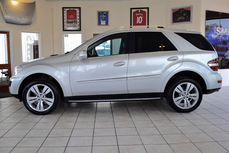 used Mercedes ML320 3.0 CDI SPORT WITH FULL MERCEDES SERVICE HISTORY in forest-of-dean-gloucestershire