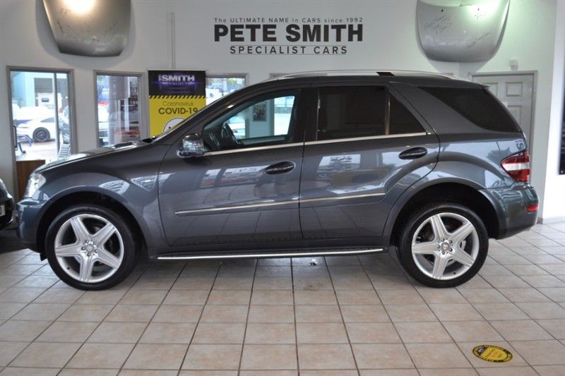 used Mercedes ML300 3.0 CDI BLUEEFFICIENCY SPORT AUTO  5 DOOR NAVIGATION AND 21'' AMG ALLOYS 2010/60 in forest-of-dean-gloucestershire