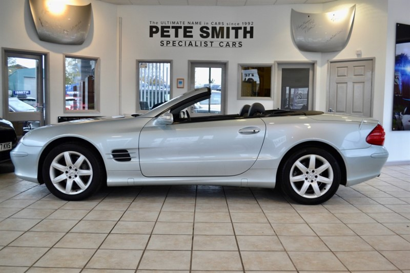used Mercedes SL500 CONVERTIBLE WITH PAN GLASS ROOF AND NAVIGATION 2004/53 in forest-of-dean-gloucestershire