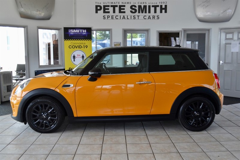 used MINI Cooper COOPER 1.5 AUTO 3 DOOR JUST £20 ROAD TAX 2014/14 in forest-of-dean-gloucestershire