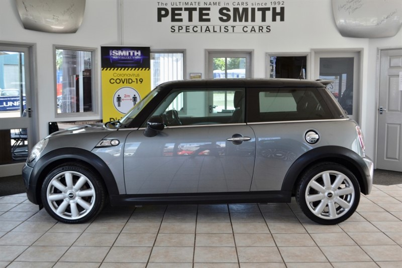 used MINI Cooper S 1.6 COOPER S SERVICE HISTORY 2009/09 in forest-of-dean-gloucestershire