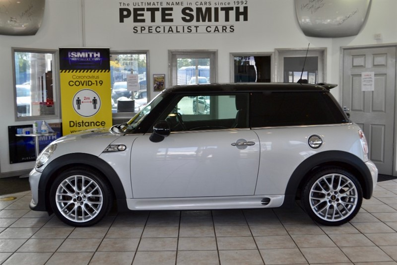 used MINI Cooper S 2.0  SD FULL SERVICE HISTORY 2012/12 in forest-of-dean-gloucestershire