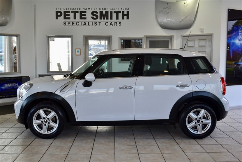 used MINI Countryman 1.6 ONE D 5 DOOR FULL SERVICE HISTORY 2014/63 in forest-of-dean-gloucestershire