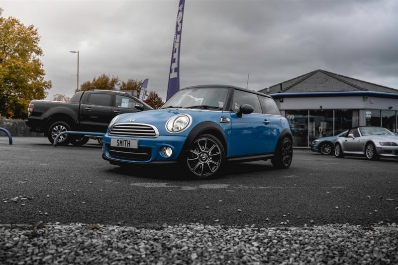 used MINI Hatch 1.6 COOPER D BAYSWATER 3 DOOR SPECIAL EDITION ZERO ROAD TAX 2013/63 in forest-of-dean-gloucestershire