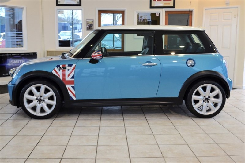 used MINI Hatch 1.6 COOPER S WITH UNION JACK MIRROR in forest-of-dean-gloucestershire
