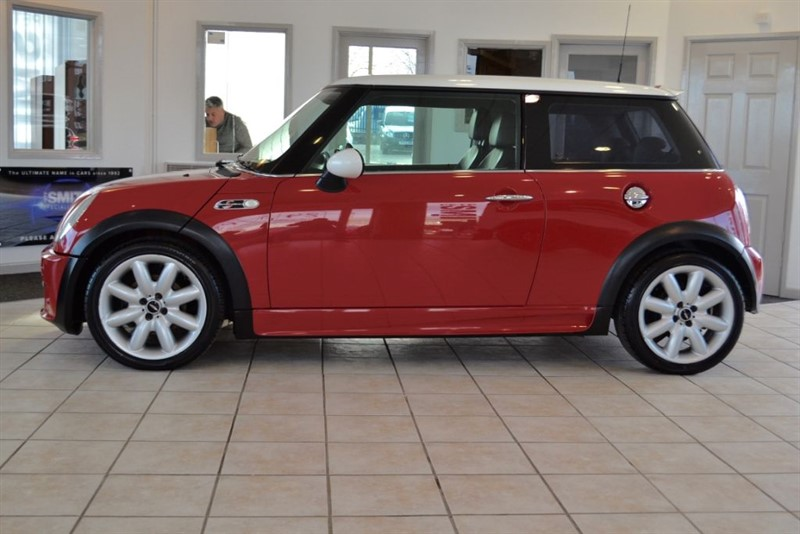 used MINI Hatch 1.6 COOPER S WITH JOHN COOPER WORKS STYLING in forest-of-dean-gloucestershire