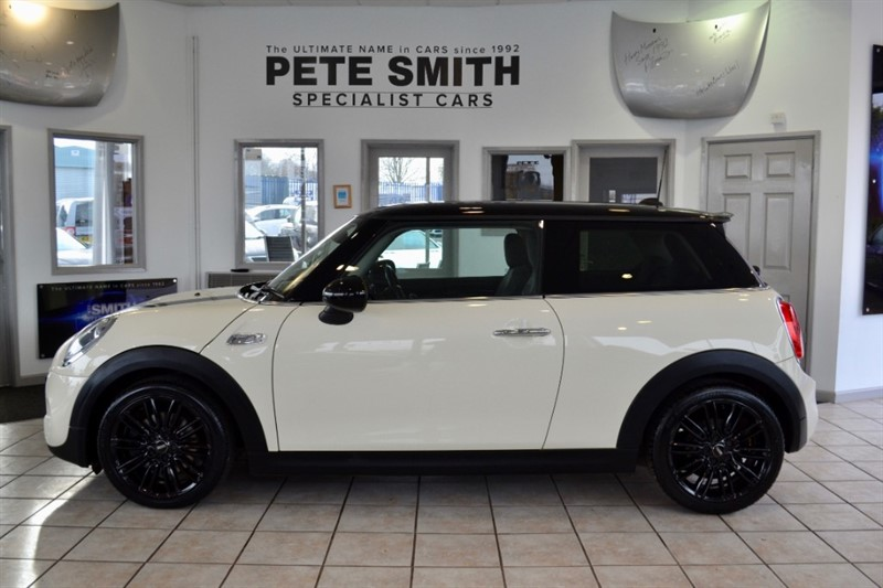 used MINI Cooper S 1.6 COOPER S CHILLI PACK 1 OWNER ONLY 28000 MILES PANORAMIC ROOF  2014/14 in forest-of-dean-gloucestershire