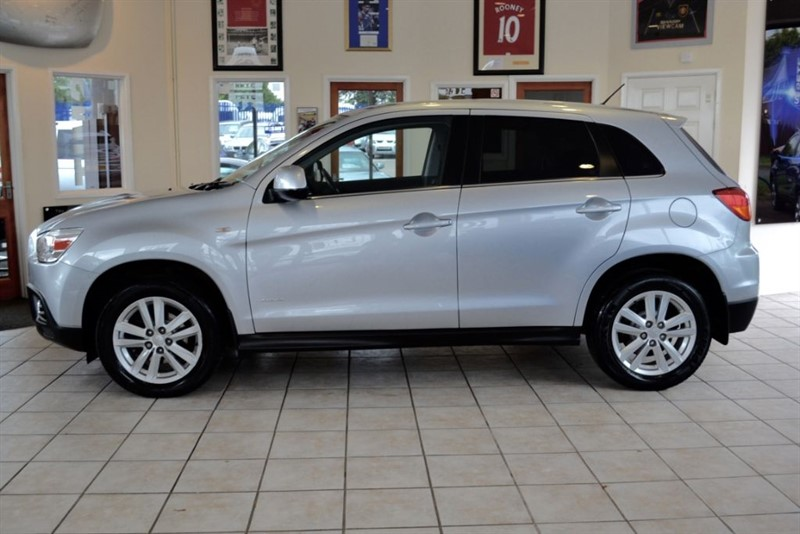 used Mitsubishi ASX 1.8  DI-D 3 4WD WITH FULL MITSUBISHI SERVICE HISTORY in forest-of-dean-gloucestershire