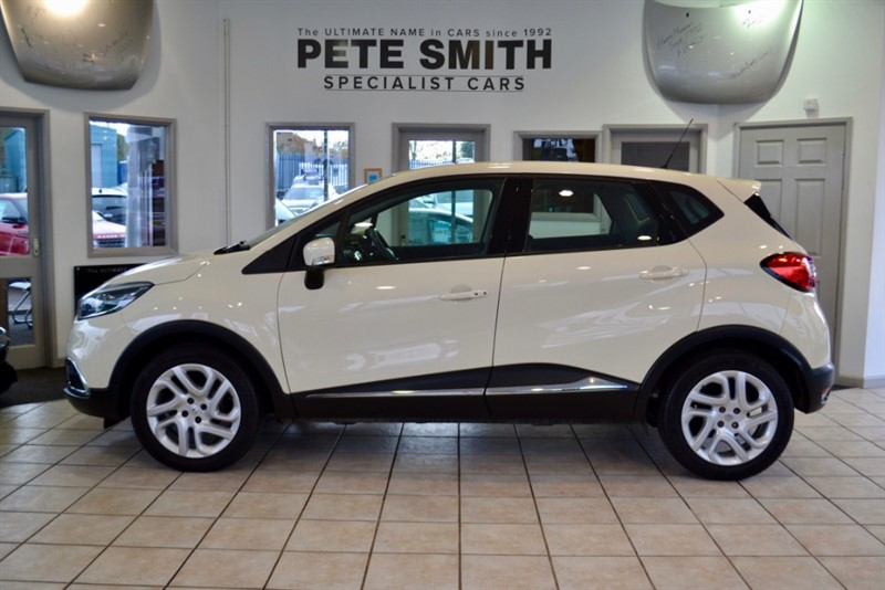 used Renault Captur DYNAMIQUE MEDIANAV ENERGY TCE S/S ONE OWNER WITH A FULL RENAULT SERVICE HISTORY 2015/15 in forest-of-dean-gloucestershire