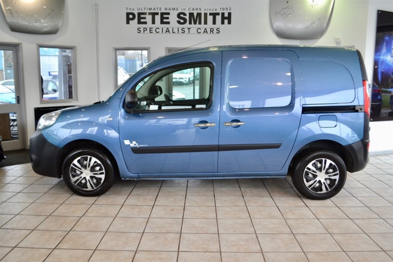 used Renault Kangoo 1.5 DCi VAN SIDE LOADING DOOR LINED OUT NO VAT TO PAY  2014/64 in forest-of-dean-gloucestershire