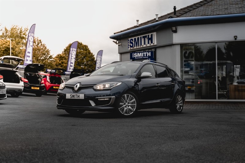 used Renault Megane 1.6 DCi GT LINE NAV ESTATE ONE OWNER AND JUST 32000 MILES  2016/66 in forest-of-dean-gloucestershire