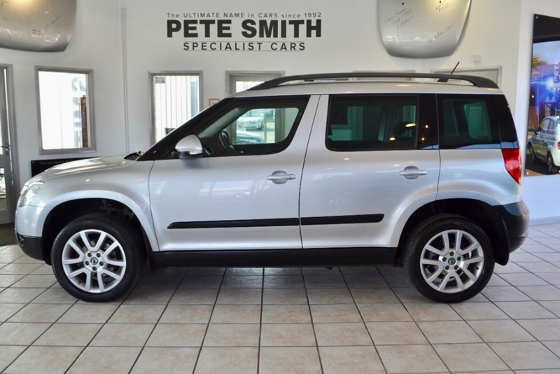 used Skoda Yeti 1.2 TSi SE PLUS ONE OWNER FULL SKODA SERVICE HISTORY2012/12 in forest-of-dean-gloucestershire